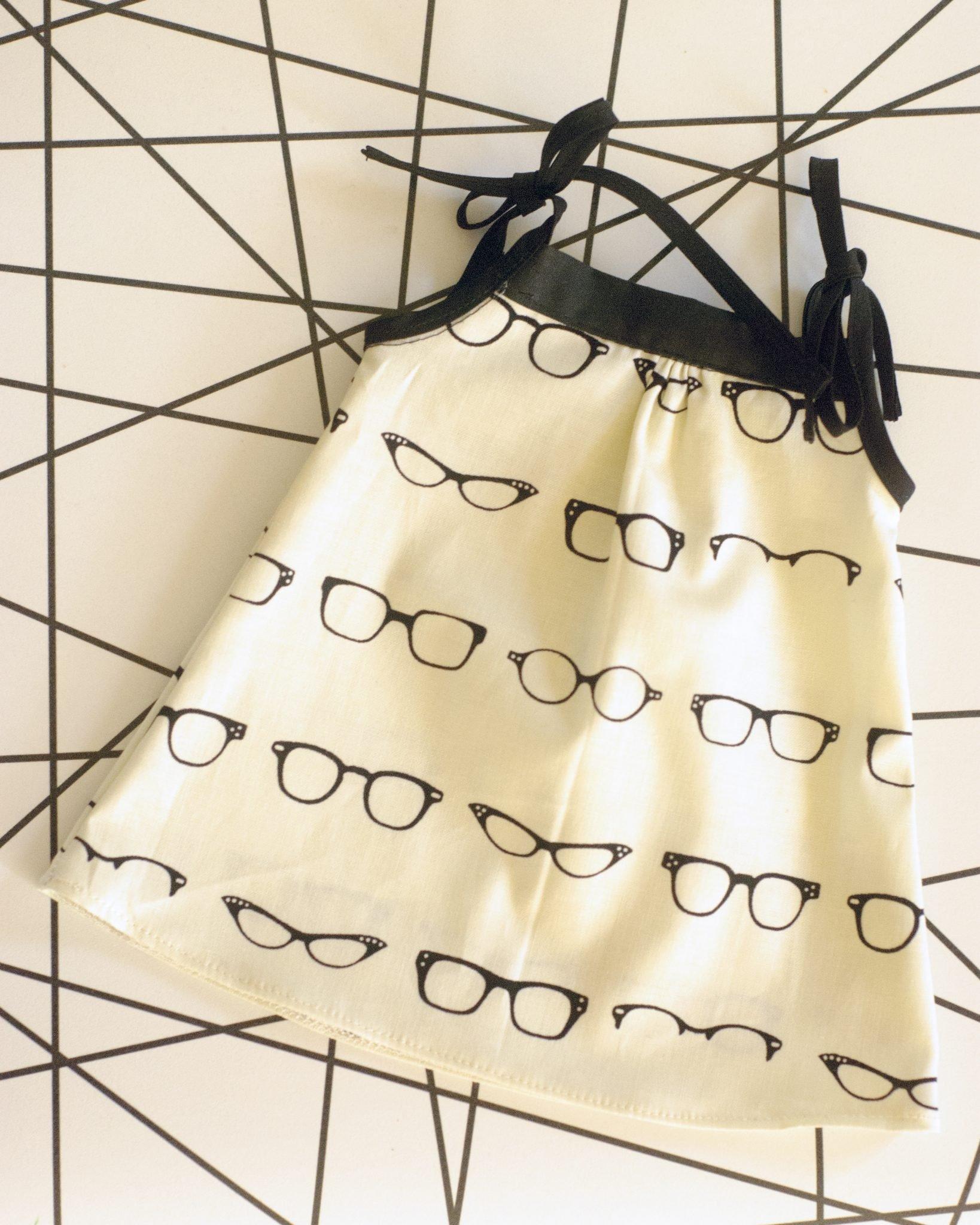 GlassesDress