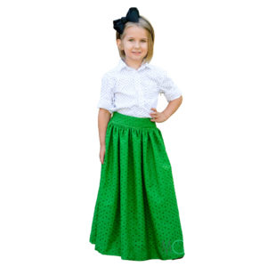 girl wearing the schatje skirt